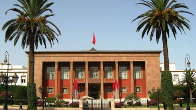 "Photo of نقابة ""سنطرال"" تحتج أمام البرلمان وتطالب المغاربة بوقف المقاطعة"