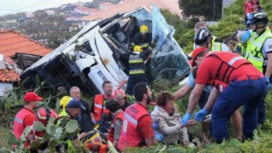 Photo of البرتغال.. 28 قتيل على الأقل في حادث انحراف حافلة للسياح
