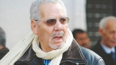 Photo of الجزائر: إصدار مذكرة توقيف دولية في حق وزير الدفاع الأسبق وابنه