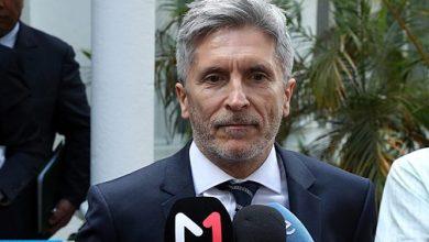 """Photo of وزير الداخلية الإسباني يدعو حكومة جهة كتالونيا إلى """"إدانة"""" أعمال العنف"""