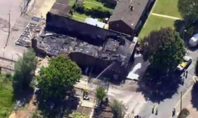 Photo of حريق يأتي على مسجد بلندن والاتهام موجه إلى اليمين المتطرف