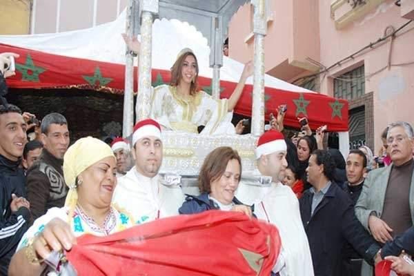 """Photo of باطما تقيم حفل زفافها بالمغرب وزوجها الخليجي خائف من """"العمارية"""""""