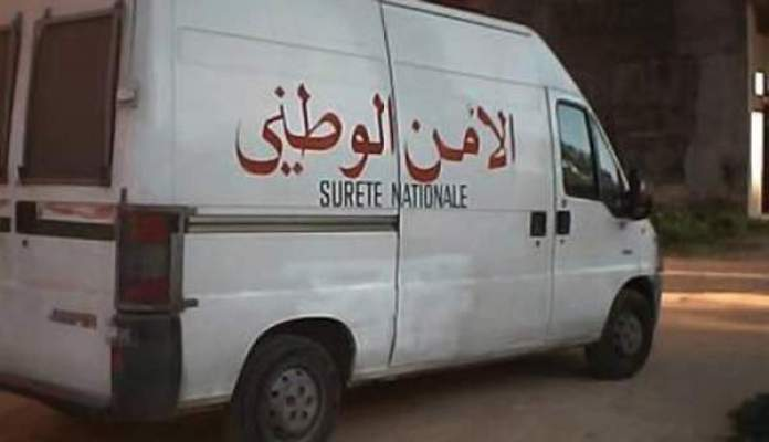Photo of الدار البيضاء: إيقاف بزناس بحوزته 26 كيلغرام من مخدر الشيرا وشاب بحوزته 135 قرصا مهلوسا