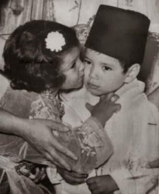 "Photo of الأميرة لالة حسناء تدخل عالم ""الفايسبوك"" وتنشر صور العائلة الملكية (ألبوم صور)"