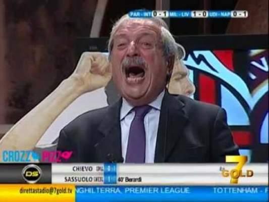 Photo of فيديو: كيف تفاعل المعلق المجنون كروديلي مع أهداف ميلان !
