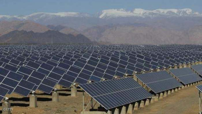 Photo of مغاربة بإسبانيا يسرقون ألواح الطاقة الشمسية لبيعها في المغرب