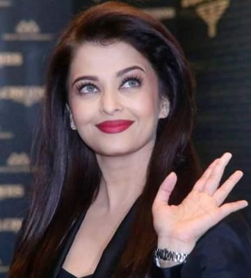 Photo of صورة وصول الممثلة الهندية الفاتنة إيشواريا راي الكويت