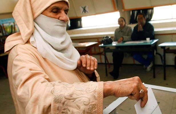 Photo of كيفية عملية التصويت بمناسبة الاقتراع الجماعي والجهوي  ليوم الجمعة 4 سبتمبر 2015
