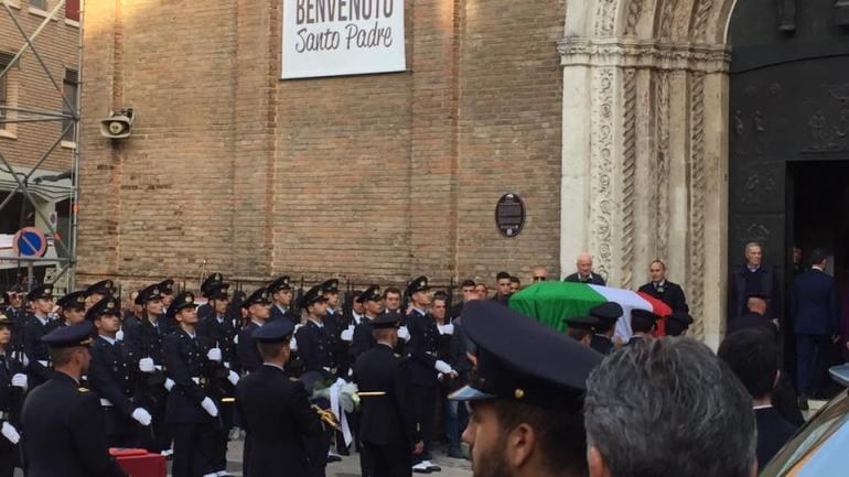 Funerale di Stato per il maggiore Orlandi