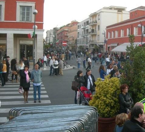 Latina. Il mercatino di Natale che crea scontenti