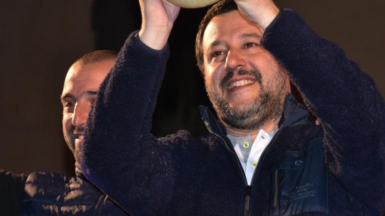 Il popolo dei 5Stelle ha deciso: Salvini non deve andare a processo