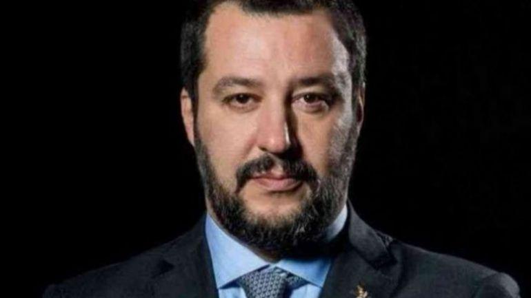 Egregio on. Salvini ti scriviamo