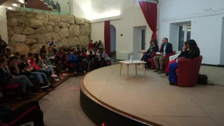 Violenza contro le donne, Filomena Lamberti incontra gli studenti di Cori e Giulianello
