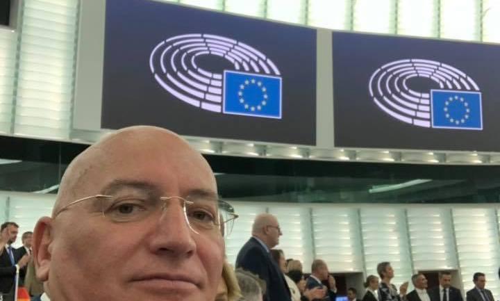"""Adinolfi (Lega): «Il nuovo accordo Ue-Ucraina aumenta le importazioni di pollame che non rispetta gli standard di sicurezza alimentare"""""""
