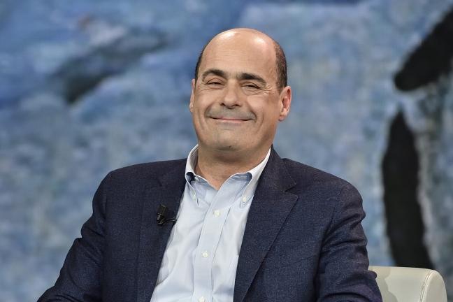 Zingaretti chiarisca su divise sexy da milioni di euro