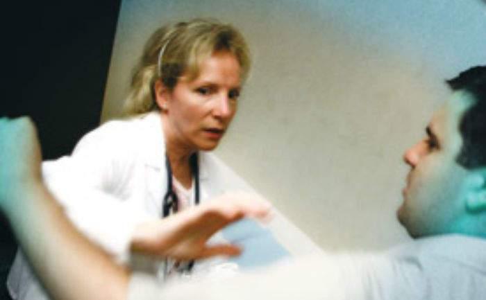 Ancora aggressioni a medici di Arona