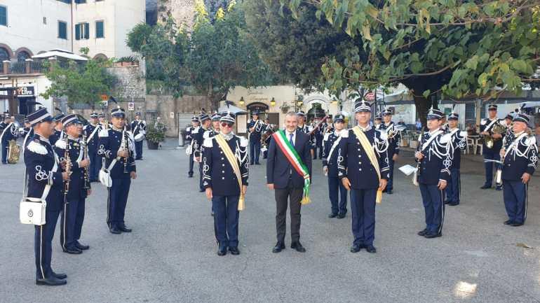 Emozionante concerto della Banda Musicale del Corpo della Gendarmeria Vaticana a Cori