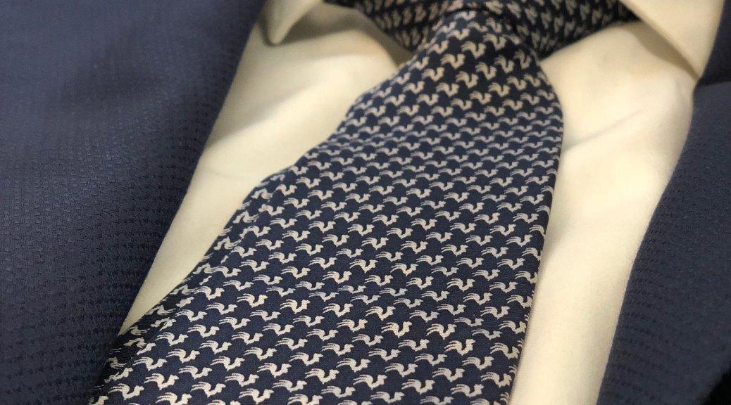 Cravatta personalizzata del Collegio