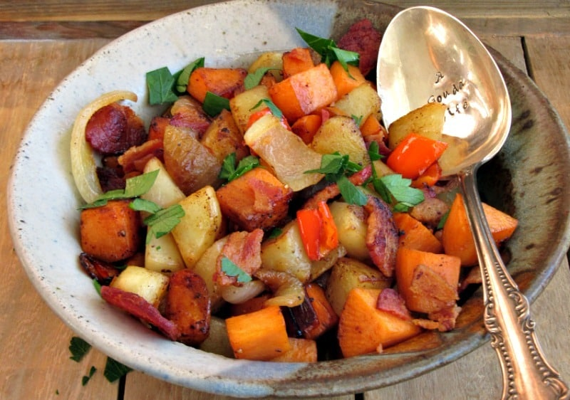 Bacon Sweet Potato Hash: diced sweet and russet potatoes, crispy bacon and a slight tang from apple cider vinegar. Goes from breakfast to dinner!