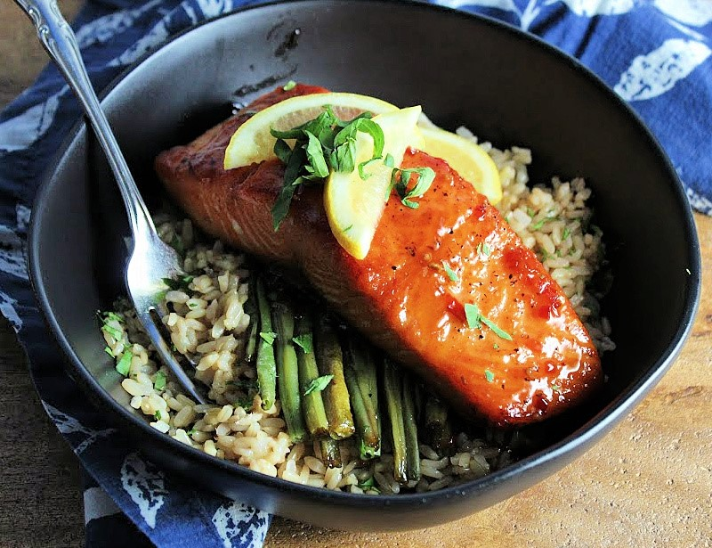 pan seared salmon with thai chili maple glaze