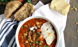 Turkey Lentil Soup - easily made with ground turkey OR leftover turkey from Thanksgiving. A hearty soup packed with vegetables and vitamins.