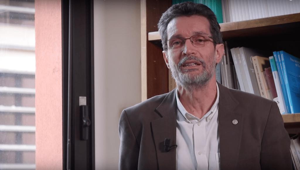 Benedetto Rocchi è docente presso il Dipartimento di Scienze per l'Economia e l'Impresa