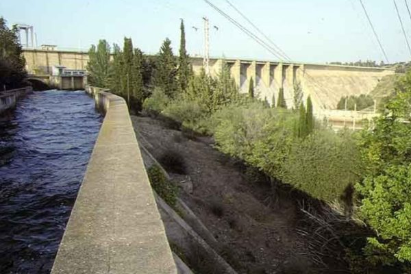 Corte de suministro en presa Canal de Orellana