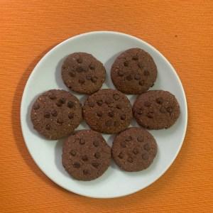 biscotti vegan di farina di lenticchie e cacao