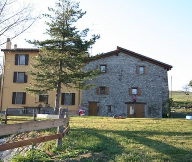 Agriturismo Monte San Pietro Farmhouse And Agritourism In Monte San Pietro