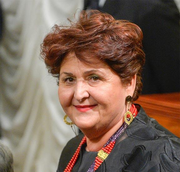 Teresa Bellanova - Una storia appena iniziata - Centenario Confagricoltura - Agronetwork News