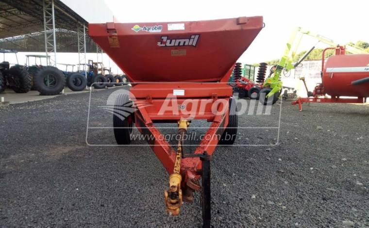 Distribuidor de Fertilizantes JM 2050 TTO / 2500 Kg – Jumil > Usado - Distribuidor de Calcário - Jumil - Agrobill - Tratores, Implementos Agrícolas, Pneus
