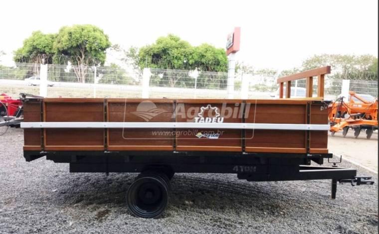 Carreta de Madeira Basculante 4 Toneladas RD / sem Pneus – Tadeu > Nova - Carreta Agrícola de Madeira - Tadeu - Agrobill - Tratores, Implementos Agrícolas, Pneus