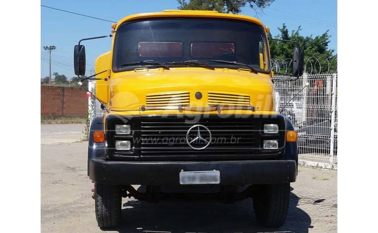 Caminhão Pipa L 2220 6×4 ano 1989 – Mercedes Benz > Usado - Caminhões - Mercedes-Benz - Agrobill - Tratores, Implementos Agrícolas, Pneus