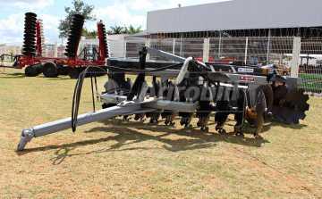 Grade Aradora Intermediária CRI 20 x 28″ – Baldan > Nova - Grades Aradoras - Baldan - Agrobill - Tratores, Implementos Agrícolas, Pneus