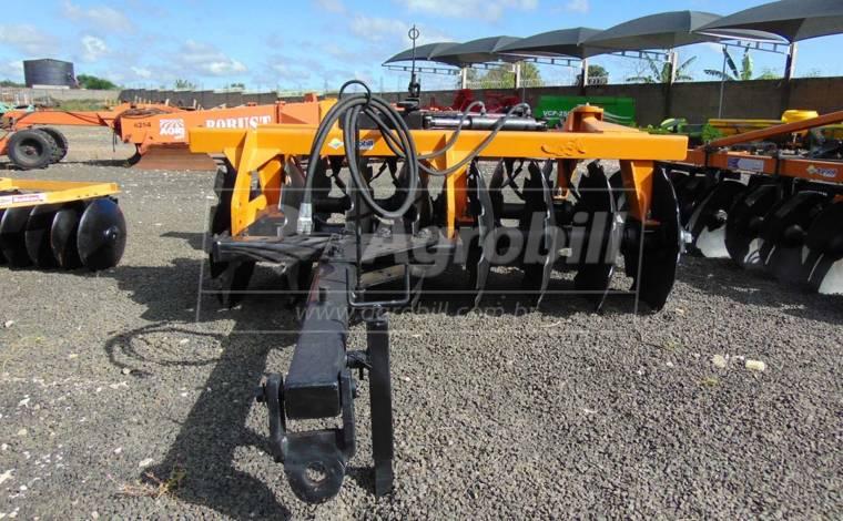 Grade Aradora Pesada GAPM 16 Discos / Tatu – Usada - Grades Aradoras - Tatu Marchesan - Agrobill - Tratores, Implementos Agrícolas, Pneus