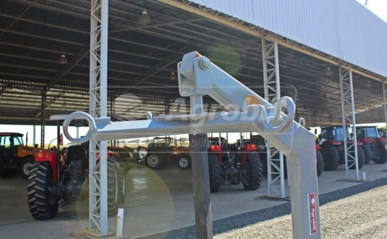 Guincho de Big Bag para PAM 1100 – Baldan > Novo - Acessórios para Plainas Dianteiras - Baldan - Agrobill - Tratores, Implementos Agrícolas, Pneus