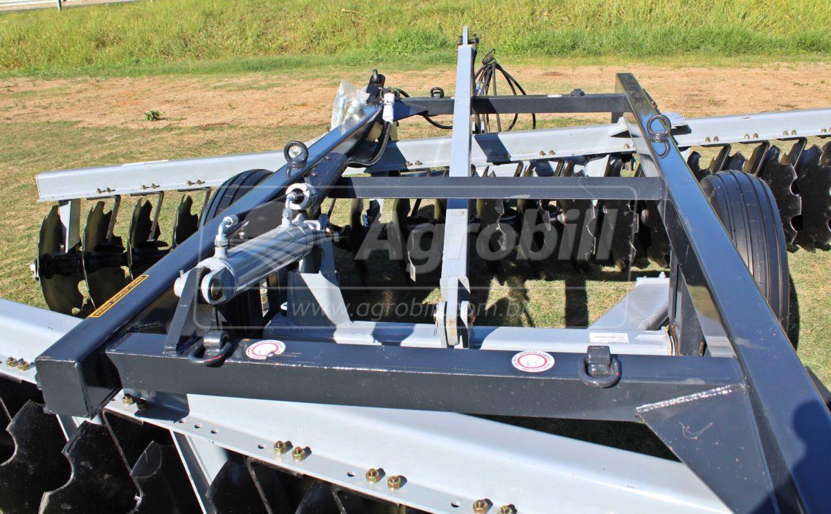 Grade Niveladora Controle Remoto NVCR 48 x 22″ x 200 mm / Todos Discos Recortados – Baldan > Nova - Grades Niveladoras - Baldan - Agrobill - Tratores, Implementos Agrícolas, Pneus