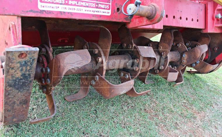 Enxada / Encanteiradeira Rotativa Super Forte – Lavrale > Usada - Enxada Rotativa / Encanteiradeira - Lavrale - Agrobill - Tratores, Implementos Agrícolas, Pneus