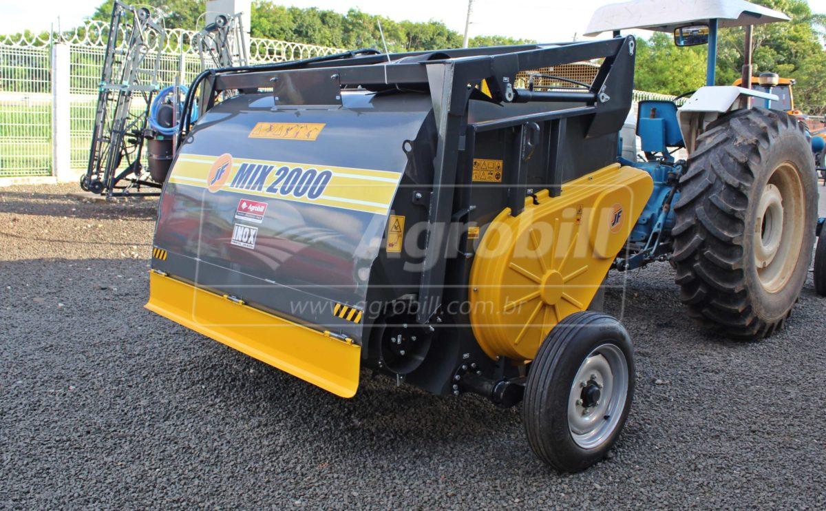 Vagão Misturador JF Mix 2000 INOX / com Rodas > Novo - Vagão Misturador - JF - Agrobill - Tratores, Implementos Agrícolas, Pneus