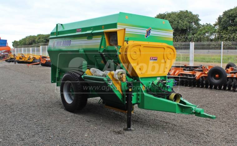 Vagão Misturador JF MIX 8000 / com Balança / sem Desensilador > Novo - Vagão Misturador - JF - Agrobill - Tratores, Implementos Agrícolas, Pneus