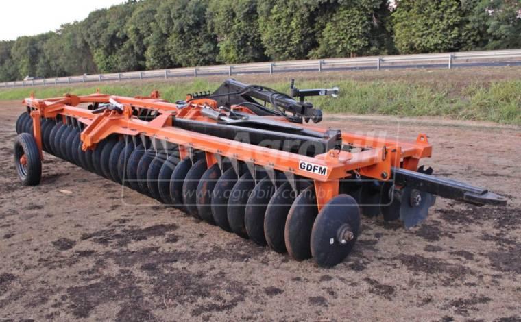Grade Destorroadora Flutuante Mecânica GDFM 64 x 22″ x 195 mm – Civemasa > Nova - Grades Niveladoras - Civemasa - Agrobill - Tratores, Implementos Agrícolas, Pneus