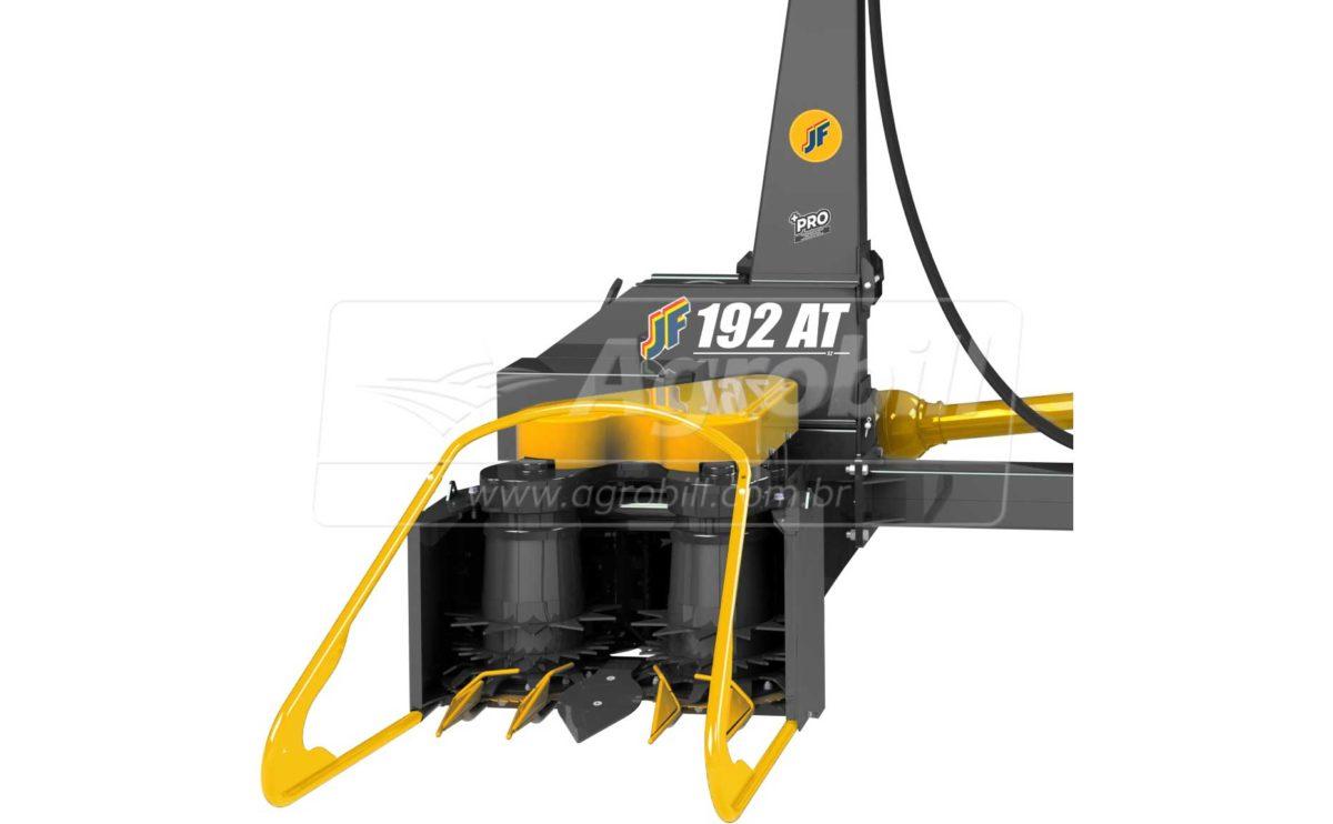 Colhedora de Forragens JF 192 AT S2 – Cardan / Plataforma AT 1000 / com Kit Processador de Grãos +PRO  > Nova - Forrageira - JF - Agrobill - Tratores, Implementos Agrícolas, Pneus