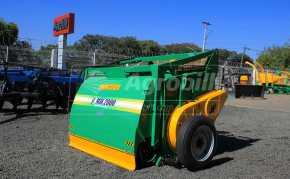 Vagão Misturador JF Mix 2000 / com Rodas > Novo - Vagão Misturador - JF - Agrobill - Tratores, Implementos Agrícolas, Pneus