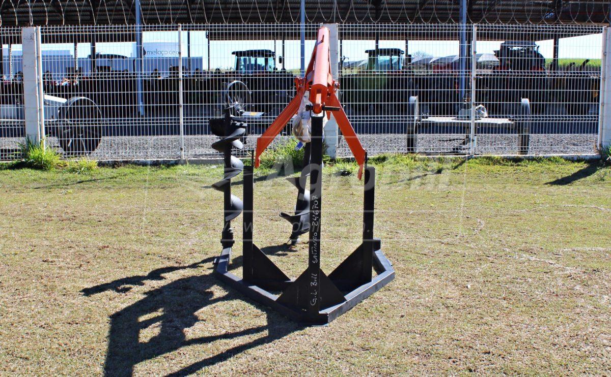 Perfurador de Solo FSC com broca de 9″ e 12″ – Civemasa > Novo - Perfurador de Solo - Civemasa - Agrobill - Tratores, Implementos Agrícolas, Pneus
