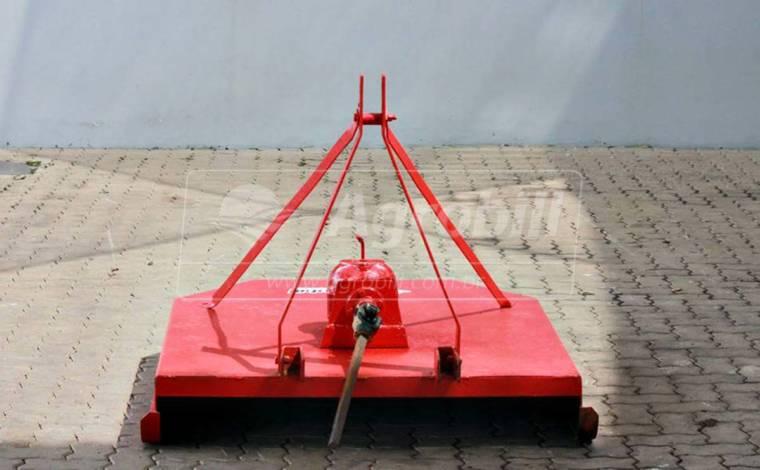Roçadeira Hidráulica 2 Facas > Usada - Roçadeira - Personalizado - Agrobill - Tratores, Implementos Agrícolas, Pneus