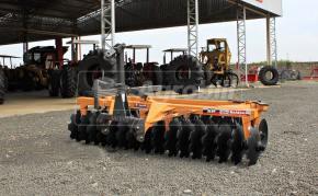 Grade Niveladora Super Peixe SP 32 x 20″ x 175 mm – Baldan > Nova. - Grade Niveladora - Baldan - Agrobill - Tratores, Implementos Agrícolas, Pneus
