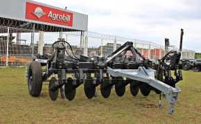 Subsolador ASDA DR 09 Hastes / Desarme e Rearme Automático – Baldan > Novo - Subsolador - Baldan - Agrobill - Tratores, Implementos Agrícolas, Pneus