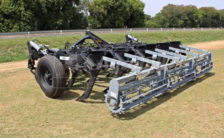 Subsolador ASDA DR 11 Hastes / Desarme Automático – Baldan > Novo - Subsolador - Baldan - Agrobill - Tratores, Implementos Agrícolas, Pneus
