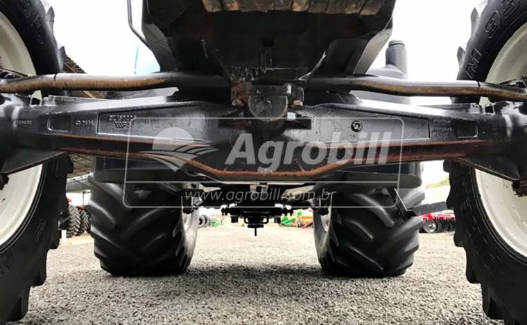 Trator New Holland 7020 4×4 Ano 2011 - Tratores - New Holland - Agrobill - Tratores, Implementos Agrícolas, Pneus