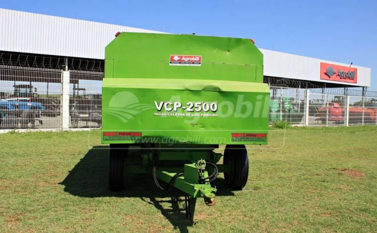 Vagão Coletor De Lixo – Pinheiro> Usado - Vagão Coletor de Lixo - Pinheiro - Agrobill - Tratores, Implementos Agrícolas, Pneus